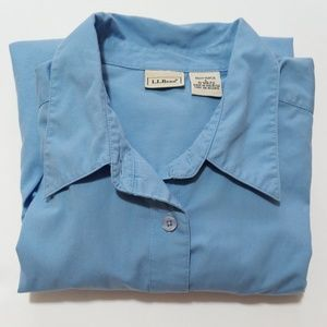 L.L. Bean Women's Long Sleeve Button Up Size: L